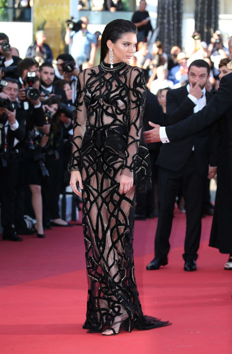 gallery-1463391687-kendall-jenner-cannes