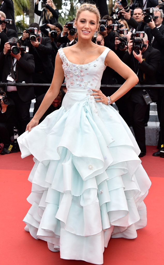 rs_634x1024-160513103901-634.-blake-lively-blue-cannes.ls.51316
