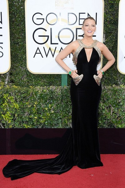 golden-globes-2017-all-the-looks-blake-lively