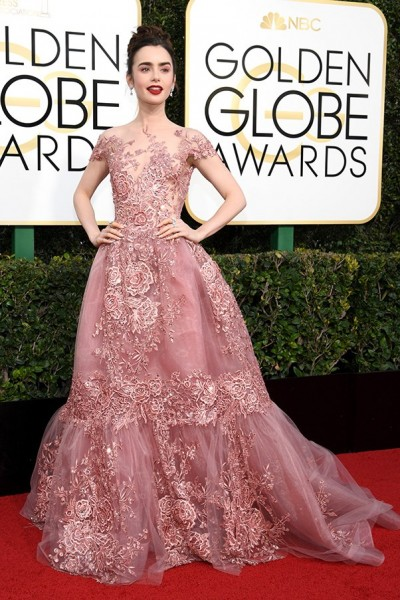 golden-globes-2017-all-the-looks-lily-collins
