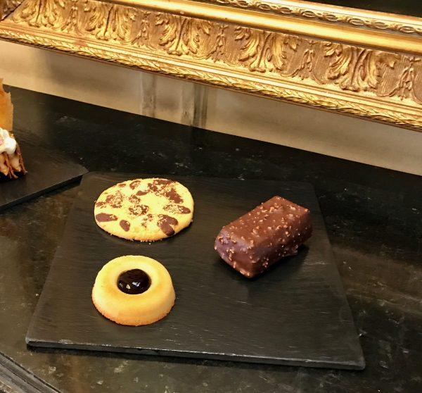 teatime-dukes-bar-financier-madeleine-cookie