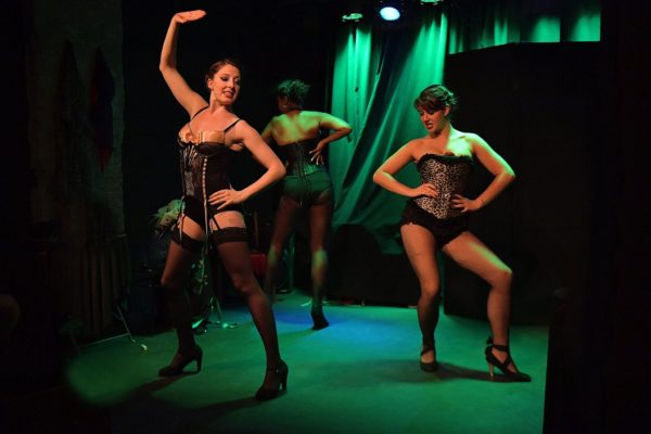 tellement-cabaret-spectacle-burlesque